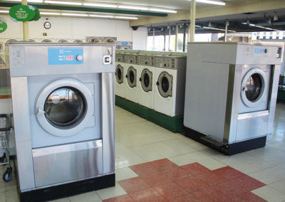 Big-Y-Laundry-Commerical-Washer-&-Dryer