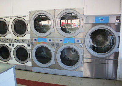 Big-Y-Laundry-Industrial-Size-laundry